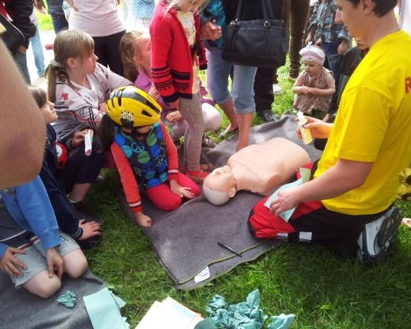 Dzień Dziecka w Parku Kasprowicza nad Rusałką - impreza WOPR Szczecin
